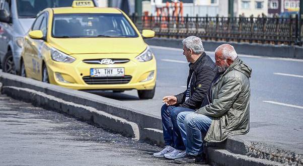 Bu ilde 65 yaş üstü vatandaşların sokağa çıkması kısıtlandı